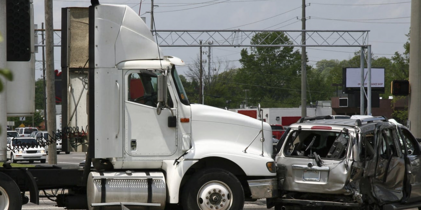 What to do if you are involved in an accident with a commercial vehicle